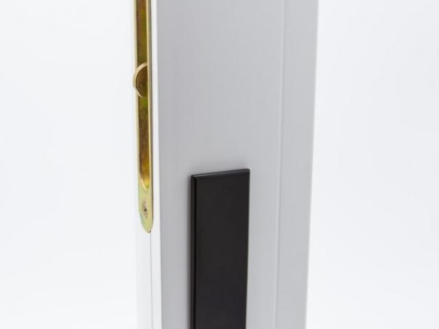3750 MS White Sash with Black Keyed Hardware